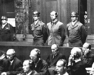 """历史今日:纽伦堡""""纳粹医生大审判"""""""